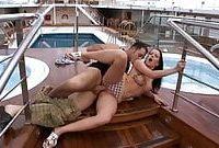 Große Titten im Hotelzimmer Sex