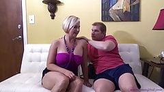 Ihr Mann zahlt Spielschulden mit Ficken