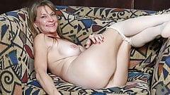 Sex vor der Webcam mit blonden Frau